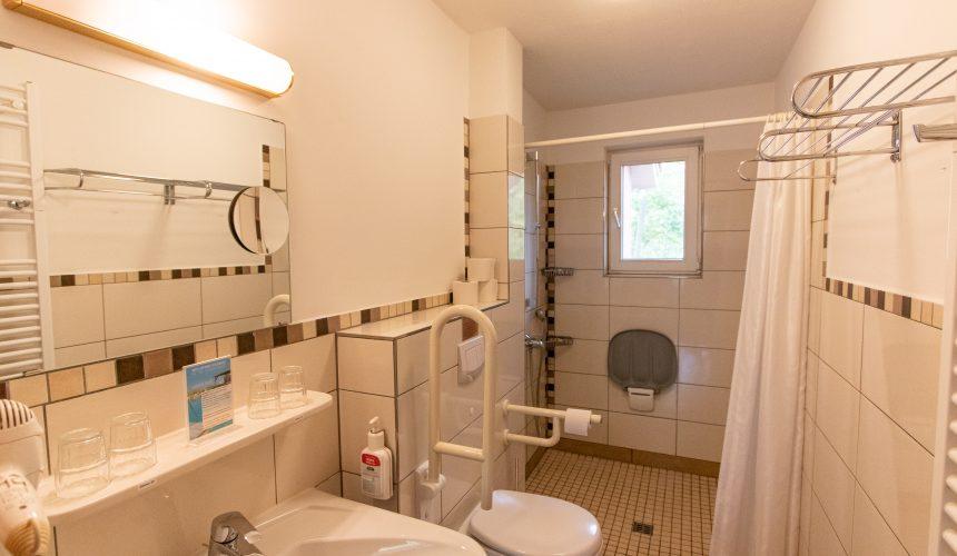 Badezimmer Gartenhaus 1