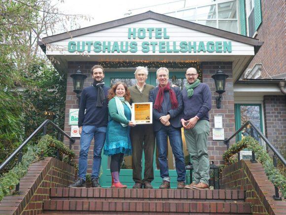 Übergabe Auszeichnung Gutshaus Stellshagen